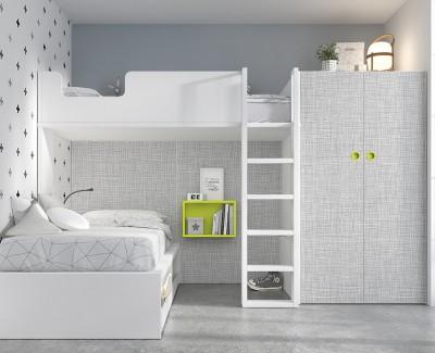 Zimmer mit Etagenbett und 2-türigem Schrank